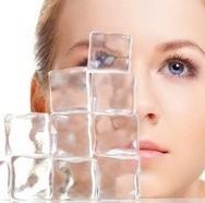 Готовим лед для жирной кожи лица