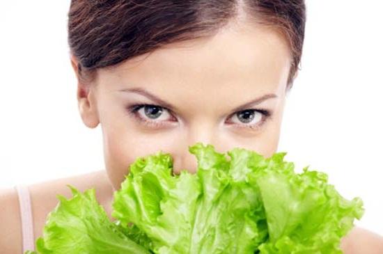 narodnye-sredstva-maski-iz-salata